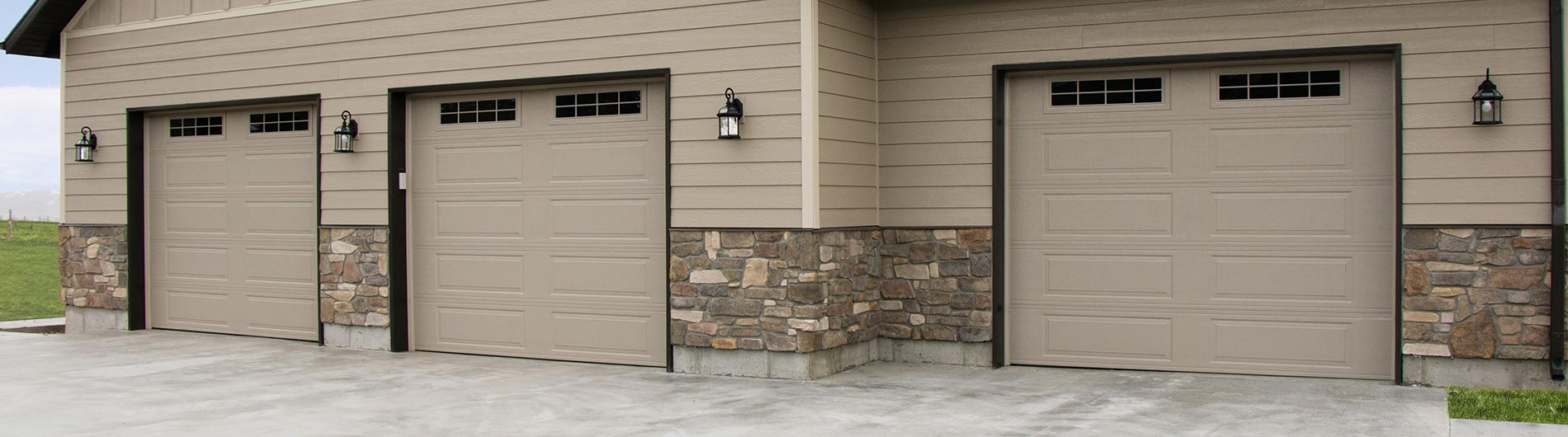 Steel Garage Door Ranch Desert Tan Stockbridgeii